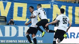 Majstorija Brune Alvesa za bod Parme protiv Milana