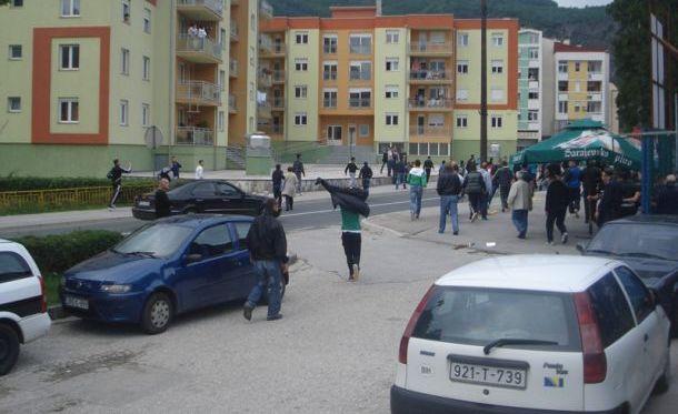 Veliki neredi u Jablanici, spašavala se živa glava