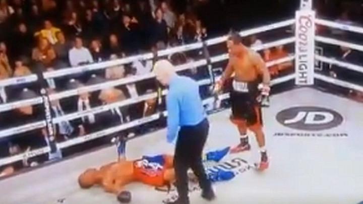 Američki bokser preminuo u bolnici nakon borbe