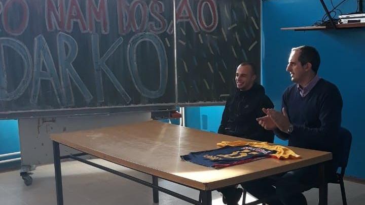 Darko Todorović ima veliko srce: Posjetio školu koju je pohađao i iznenadio ih humanim gestom