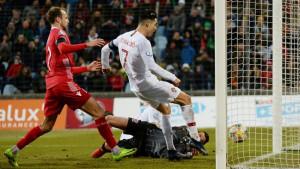 """Navijači optužuju Cristiana Ronalda da je namjerno """"ukrao"""" gol svom saigraču"""