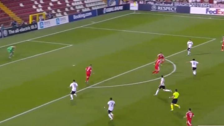 """U profesionalni fudbal je """"zakoračio"""" protiv Sarajeva, a od večeras će ga u Srbiji pamtiti po lošem"""