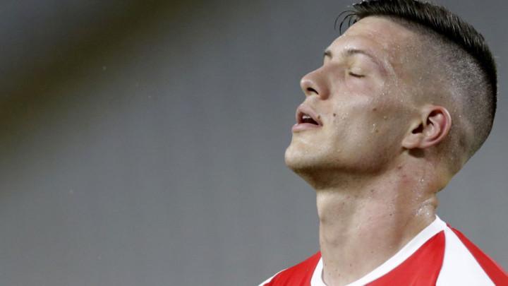 Čak i srbijanski mediji žestoko kritikuju Luku Jovića: Šta ti zapravo slaviš?