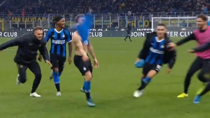 Remek djelo Barelle na Meazzi: Fudbaler Intera postigao jedan od najljepših golova vikenda