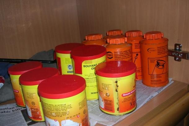 Pirotehnički arsenal i palice pronađene kod BBB-a