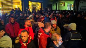 Horde zla ispred prostorija kluba: Husref Musemić jedan je od nas