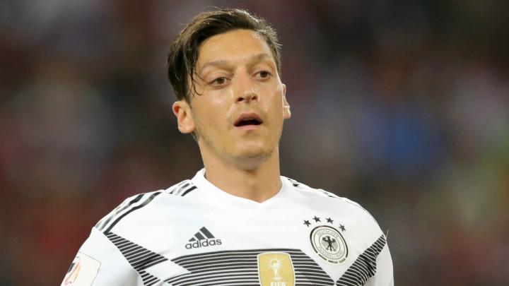DFB odgovorio Ozilu: Nije bilo nikakvog rasizma prema tebi