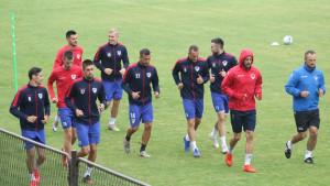 Nogometaši Borca trenirali po hladnom i kišovitom vremenu, Vranješ radio odvojeno od ekipe