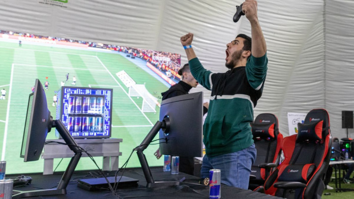 Stay at home & Beat a Pro: U nedostatku pravog, online fudbalski turnir u BiH
