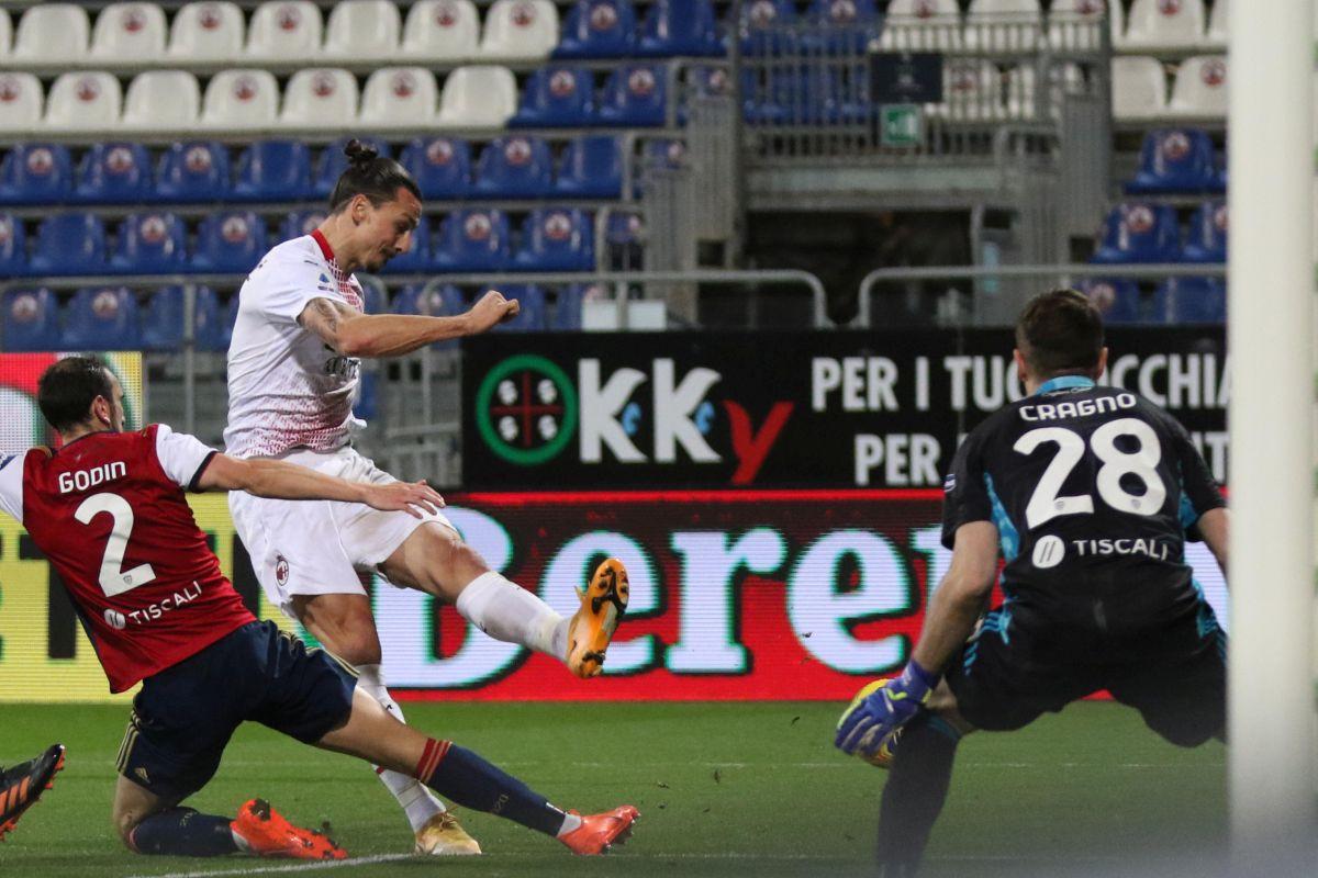 Ibrahimović se žestoko svađao s protivnikom, uhvatio se i za međunožje