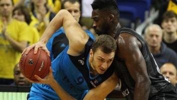 Kikanović ponovo sjajan, ali Alba doživjela potop
