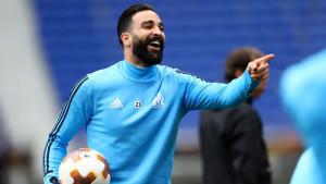 Adil Rami će dobiti pravo bogatstvo samo da napusti Marseille