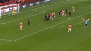 Pogledajte dva magična gola Pepea iz slobodnih udaraca za pobjedu Arsenala