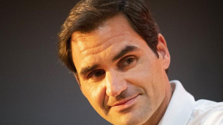 Federera boli briga za tenisom