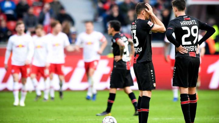 """""""Ludnica"""" na BayAreni, Eintracht srušio Schalke u 99. minuti"""