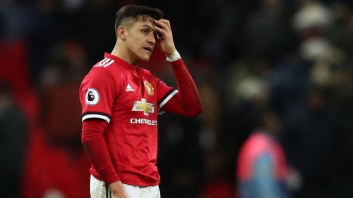 """""""Tako sam sretan što Alexis napušta Manchester United jer je on prava katastrofa"""""""