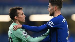 Everton prodao Bernarda