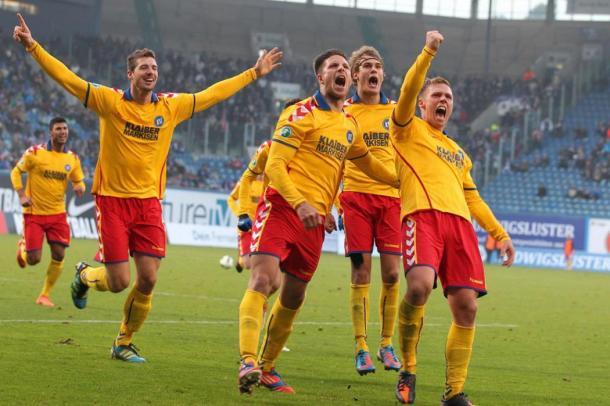 Karlsruhe sve bliže borbi za Bundesligu