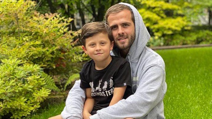 Pjanićev sin Edin je od Barcelone dobio poseban poklon