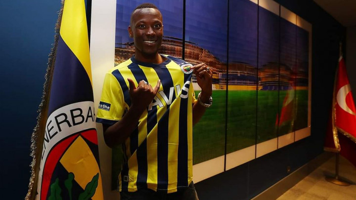 Ovo se ne viđa često: Turski klub poklonio igrače Fenerbahčeu i Galatasarayju