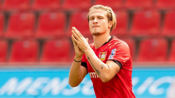 Tin Jedvaj napustio Bayer Leverkusen i otišao na posudbu u Augsburg