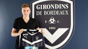 Zvezda iz Bordeauxa dovela napadača, Hajduk Žirondincima prodao veznjaka