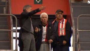 92-godišnji dedo prevalio put iz Urugvaja na stadion Athletica da bi gledao svoj klub