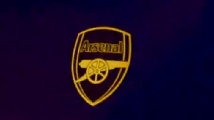 Arsenal predstavio treću garnituru dresova i oduševio navijače