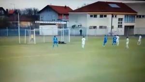 U Drugoj ligi ne plaćate ulaz, a vidite spektakularan gol: Bivši igrač Želje i Čelika 'probio' mrežu