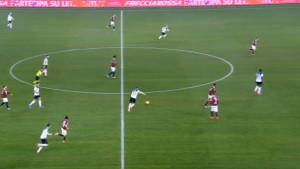 Čudesan je: Josip Iličić postigao gol s pola terena