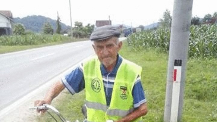 Čika Mirko u devetoj deceniji odpedalao 85 kilometara
