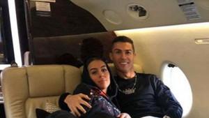 'Golupčići' u avionu: Kad vidite gdje je Georginina ruka, shvatit ćete što je Ronaldo nasmijan