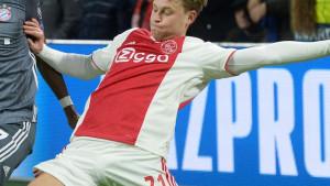 PSG je nudio Frenkiu de Jongu bjanko ček