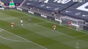 Nevjerovatno kakav gol je Arsenal primio, Kolašinac i Luiz će biti 'razapeti'