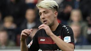 Nakon prodaje Wernera vrijeme je za nove ugovore igračima koji ostaju: Kampl prvi potpisao