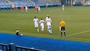 Ermin Zec ušao u igru, nekoliko sekundi kasnije zamalo postigao gol