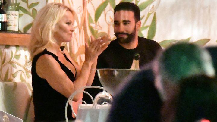 Pamela Anderson uživala u meču Evropske lige