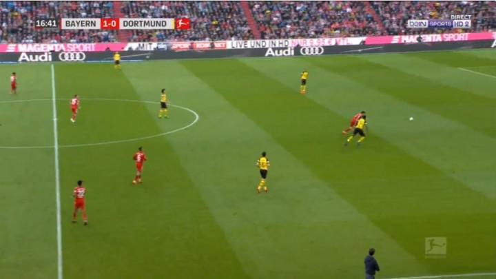 Borussia je trebala voditi ali sada gubi sa 2:0, očajna reakcija igrača gostiju kod drugog gola