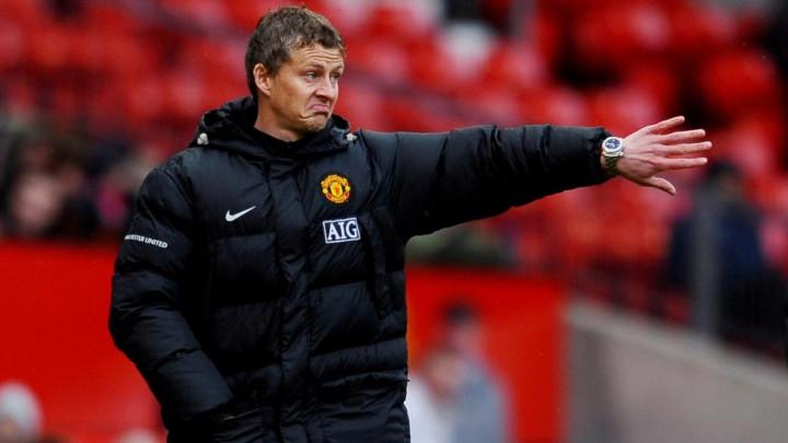 United u roku od 48 sati predstavlja mladog i izuzetno skupog defanzivca