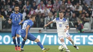Pjanić bi mogao napustiti Juventus do kraja prijelaznog roka, u igri dva kluba
