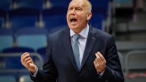Khimki bez trenera, Kurtinaitis je bivši