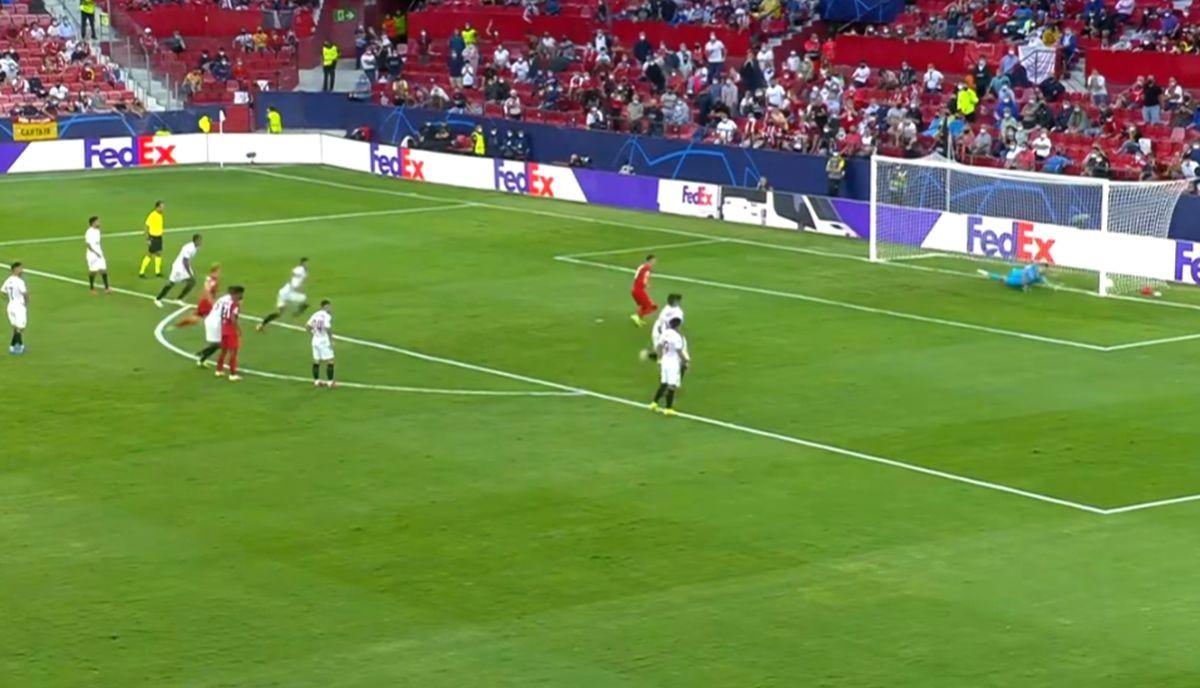 O prvom poluvremenu sa Sanchez Pizjuana će se dugo pričati, Hrvati u centru pažnje
