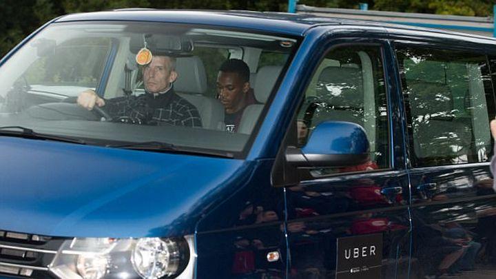 Drugi u skupim vozilima, Martial i Darmian u Uberu i taxiju