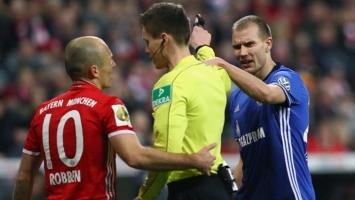 Robben molio suca da ne isključi protivničkog igrača