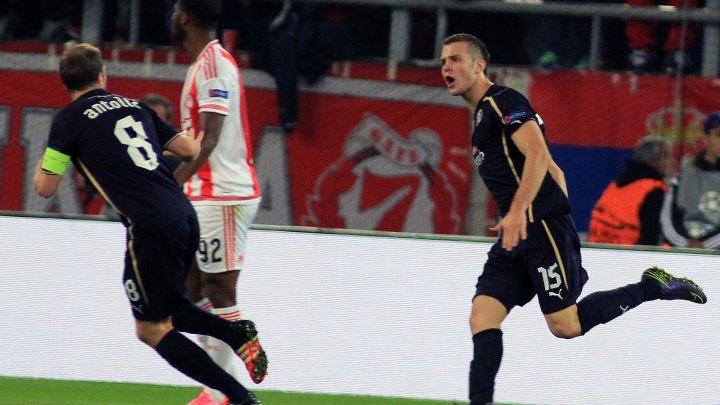 Prekrasan gol Hodžića za Dinamo, Arsenal ponižen u Minhenu