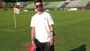 Ajdin Hasić stigao na odmor  i prati prijateljski meč dva bh. kluba
