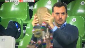 Rekviziti Werdera i Heidenheima u Bremenu: Pištaljke, bubnjevi, kravlja zvona...