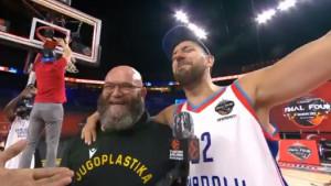 Vasilije Micić osvojio sve i pjevajući ide u NBA: Sjajni košarkaš zapjevao čuveni hit