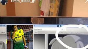 Pukla bruka! Fudbaler Norwicha slučajno objavio da gleda porniće