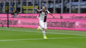 Gonzalo Higuain ušao u igru i utišao Giuzeppe Meazzu!